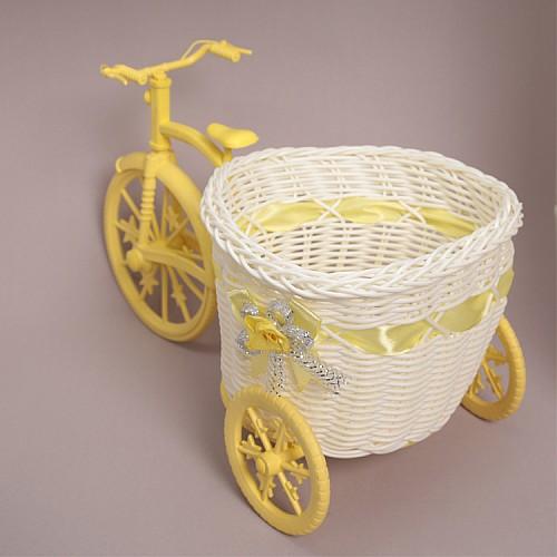 Fahrrad mit Korb Gelb